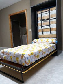Cama horizontal convertible
